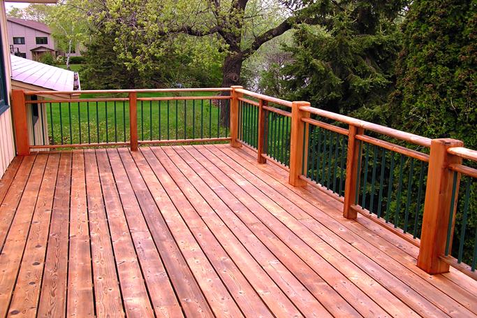 Pisios de madera decks rosas zubiri - Madera para exteriores ...